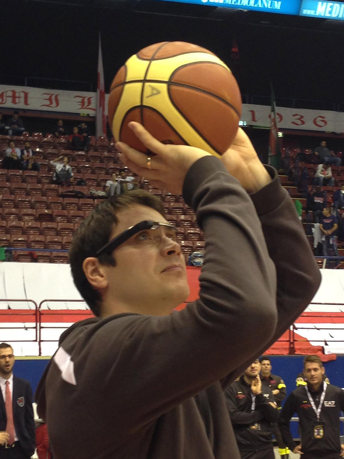 Google-Glass-Reporter-Vidiemme